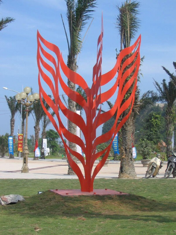 Public artwork created by Chinese sculptor Zhang Yaxi during the International Sculpture Symposium 2007 of Haiphong in Vietnam